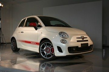Abarth_500_unveil
