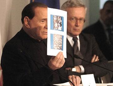 Berlusconi_tremonti_aquila0