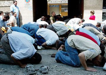 イスラム教徒のお祈り