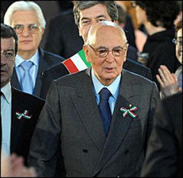 Berlusconi_attaca_n