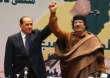 Berlusconi_gheddafi_grandi_amici