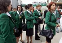 Alitalia_hostess_2